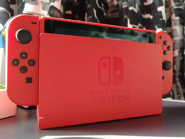 Mario Red & Blue Edition Switch / Credit: Nintendo, the author